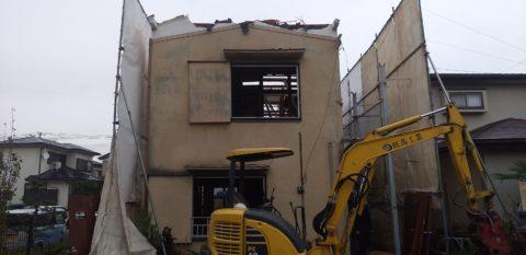 草加市吉町で木造2階建てアパートの解体工事を行わせていただきました。
